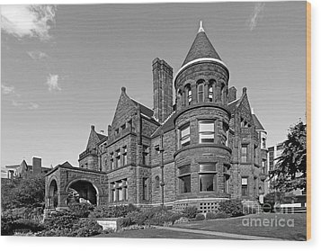 St. Louis University Samuel Cupples House Wood Print by University Icons