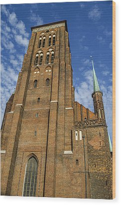 St. Mary's Church In Gdansk Wood Print by Adam Budziarek