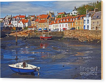 Wood Print featuring the photograph St Monans Fife by Craig B