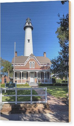 Wood Print featuring the photograph St. Simons Island Light Station by Gordon Elwell