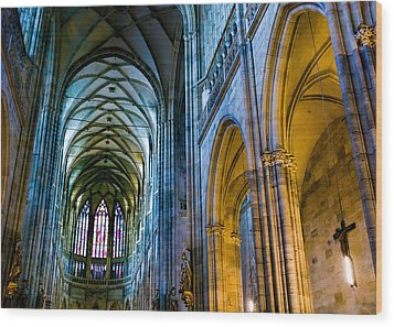 St Vitus Cathedral Wood Print by Dave Bowman
