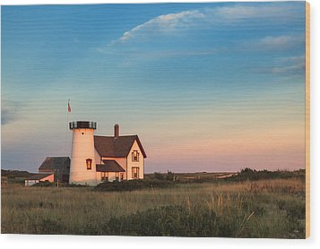 Stage Harbor Lighthouse Wood Print by Bill Wakeley