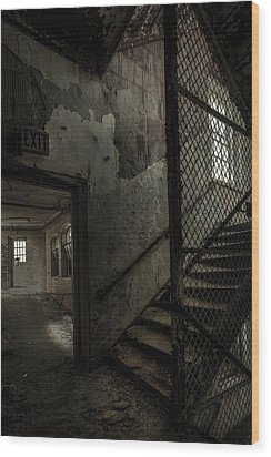 Stairs And Corridor Inside An Abandoned Asylum Wood Print by Gary Heller