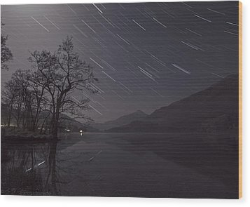 Star Trails Over Lake Wood Print by Beverly Cash
