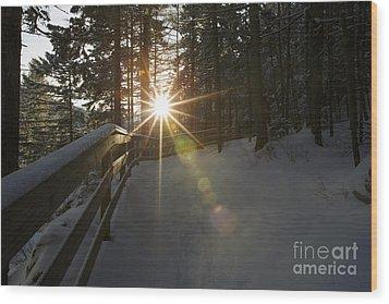 Starburst Sun Shine - Franconia Notch State Park New Hampshire  Wood Print by Erin Paul Donovan