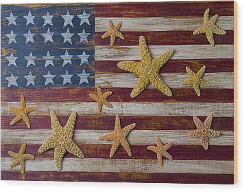 Starfish On American Flag Wood Print by Garry Gay
