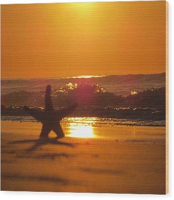 Wood Print featuring the photograph Starfish Sunrise by Nikki McInnes