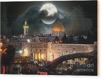 Full Moon At The Dome Of The Rock Wood Print