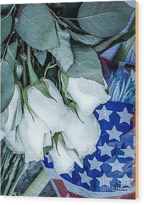 Stars And Roses Forever Wood Print by Susan Cole Kelly Impressions
