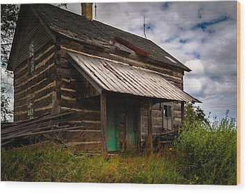 Wood Print featuring the photograph Starter Home by Chuck De La Rosa