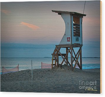 Wood Print featuring the photograph Station 12 At Sunrise by Phil Mancuso
