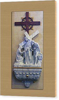 Station Of The Cross 06 Wood Print by Thomas Woolworth