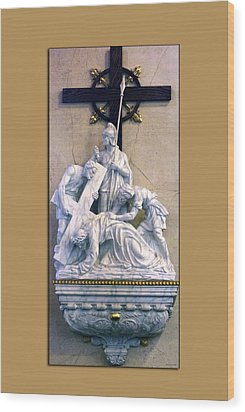 Station Of The Cross 07 Wood Print by Thomas Woolworth