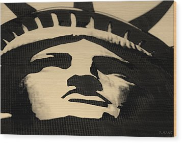 Statue Of Liberty In Dark Sepia Wood Print by Rob Hans