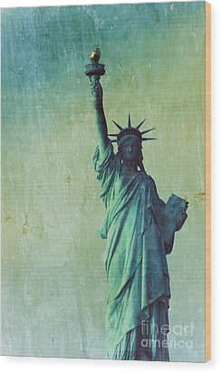 Statue Of Liberty Wood Print by Sophie Vigneault