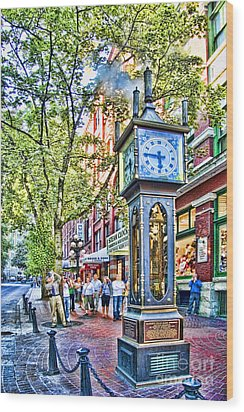 Steam Clock In Vancouver Gastown Wood Print by David Smith