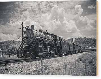 Steam Engine Wood Print by Darrin Doss