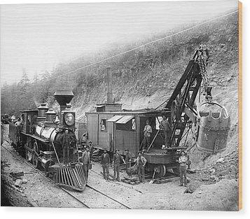 Steam Locomotive And Steam Shovel 1882 Wood Print by Daniel Hagerman