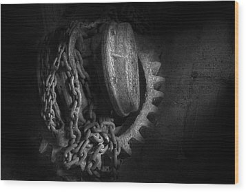 Steampunk - Gear - Hoist And Chain Wood Print by Mike Savad