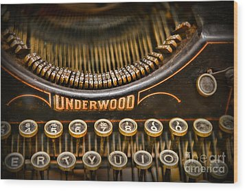 Steampunk - Typewriter - Underwood Wood Print by Paul Ward