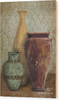 Still Life-g Wood Print by Jean Plout