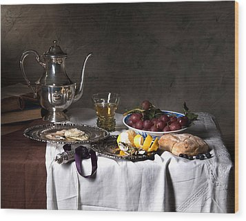 Little Breakfast Berkemeyer-oysters And Bread Wood Print by Levin Rodriguez