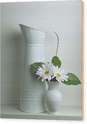Still Life With Daisy Flowers Wood Print by Krasimir Tolev