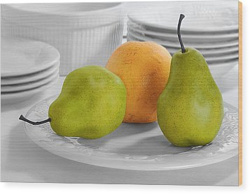 Still Life With Pears Wood Print by Krasimir Tolev