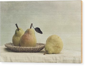 Still Life With Pears Wood Print by Priska Wettstein