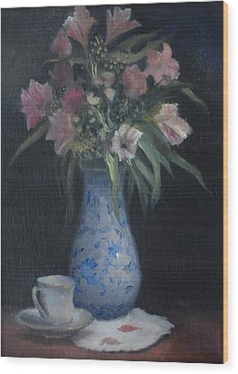 Still Life With Pink Flowers Wood Print