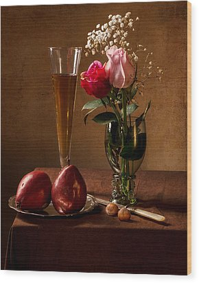 Still Life With Roses In Small Roemer And Two Red Pears Wood Print by Levin Rodriguez