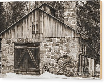 Stone Cabin 2 Wood Print by Judy Wolinsky