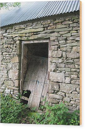 Wood Print featuring the photograph Stone Cottage by Kandy Hurley