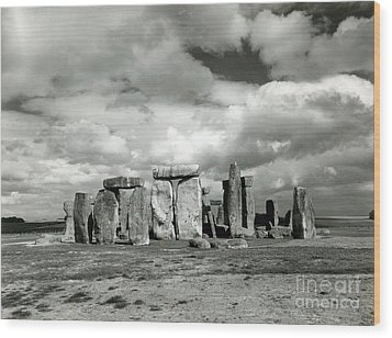 Stonehenge Prehistoric Monument Wood Print by Science Source