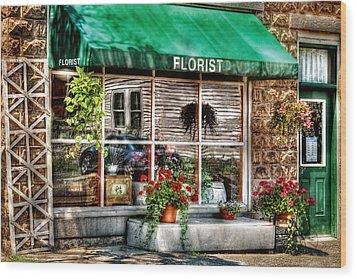 Store - Florist Wood Print by Mike Savad
