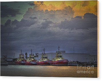 Storm Brewing Wood Print by Marvin Spates