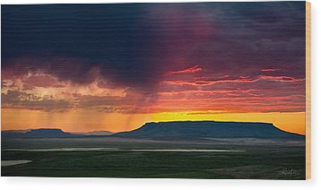 Storm Clouds Over Square Butte Wood Print