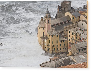 Wood Print featuring the photograph Storm In Camogli by Antonio Scarpi