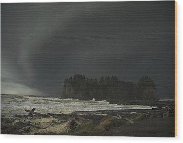 Wood Print featuring the photograph Storm Is Coming North West Wa by Yulia Kazansky