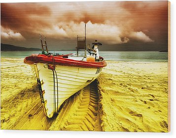 Storm On The Way 01 Wood Print by Kevin Chippindall
