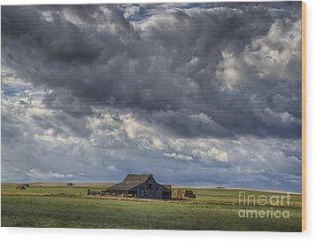 Storm Over Barn Wood Print