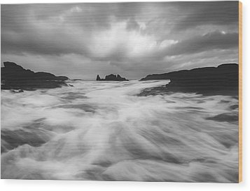 Wood Print featuring the photograph Stormy Morning by Roy  McPeak