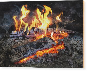 Stove - The Yule Log  Wood Print by Mike Savad