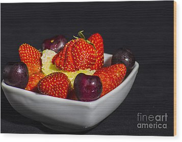 Strawberries And Cream Wood Print