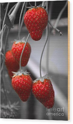 Strawberries Wood Print by Michelle Meenawong