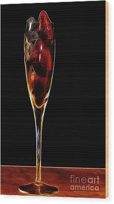 Wood Print featuring the photograph Strawberry Sparkler by Shirley Mangini