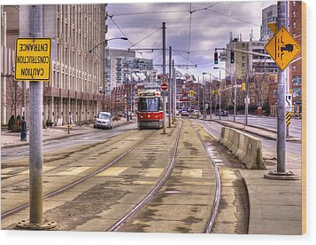 Street Car On Lakeshore Wood Print