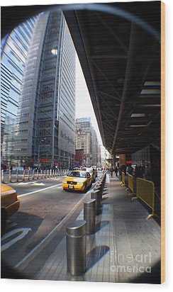 Street Nyc Wood Print by Rogerio Mariani