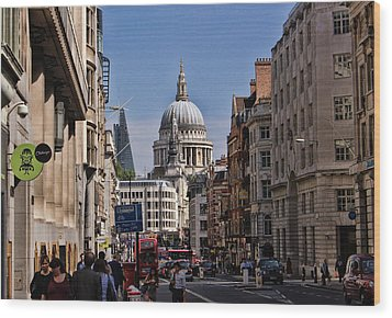 Street View Of St Paul's Cathedral Wood Print by Nicky Jameson