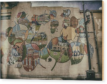 Street Wall In Fort Collins Wood Print by Lijie Zhou
